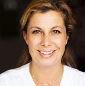 DRA. CARLOTA MARTINEZ WALLIN odontología y tratamiento migraña
