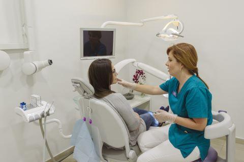 diagnóstico antes de blanqueamiento dental de calidad