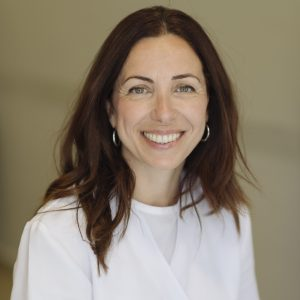 Dra Alicia Hernández Rodríguez: Máster en Tabaquismo y Coordinadora del Grupo de trabajo de Atención al tabaquismo en Canarias.