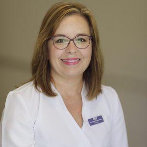 Dra. Ingrid Martínez Wallin: Licenciada en Medicina y Cirugía por la ULL, realizó la especialidad en Obstetricia y Ginecología en el Hospital Universitario de Canarias. Especialista en ecografía y medicina fetal,
